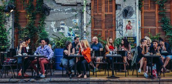 Paris - Table d'hôtes bistrot Corse célibataire