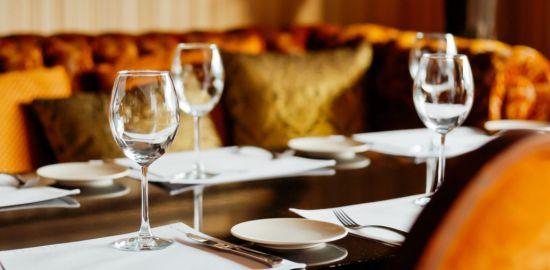 Paris - Brunch dans un joli café de la Motte Picquet célibataire