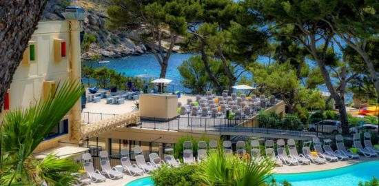 FRANCE MER Les calanques de la Côte d'Azur