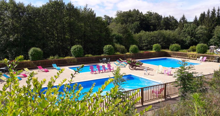 piscine aubrac.jpg